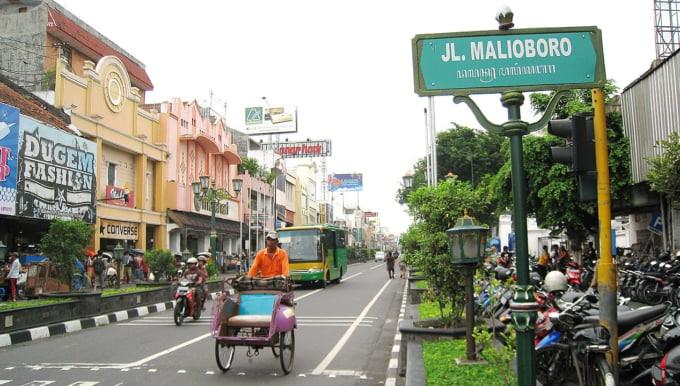 Liburan ke Yogyakarta anda harus mencicip makanan khas nya
