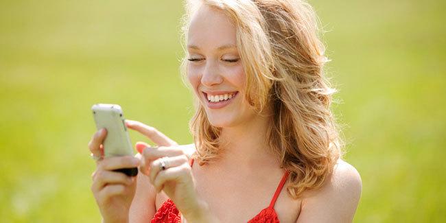 Ternyata Ponsel Dapat Sebabkan Jerawat Dan Penuaan Dini